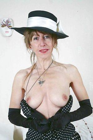 Horny blonde grandma fingers ass eating Granny pussy