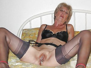 Horny blonde grandma fingers ass eating Granny pussy