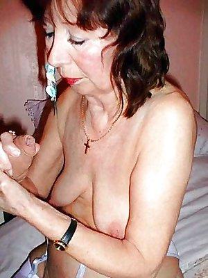 Amateur Granny Sex, photo set 260