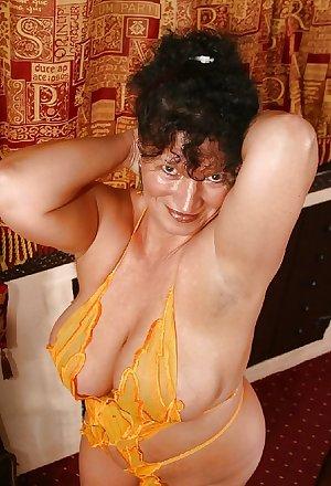 BBW Kim - Busty (40G) Mature Slut from Clacton UK Vol1