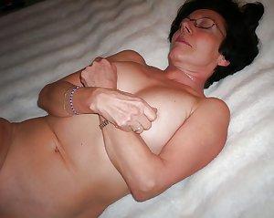 Sexy Mature French Wife Gislene