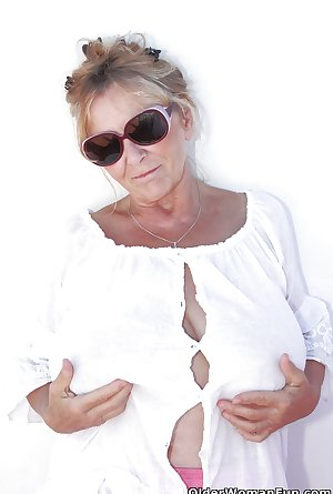 67 year old and British granny Isabel from OlderWomanFun