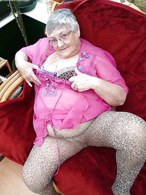 top 10 sexy grannys in tights