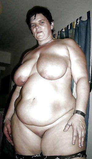 hot older women 023