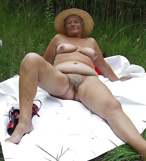 old mature granny fat hairy housewives - panties chubby