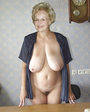 Granny pussies and tits...