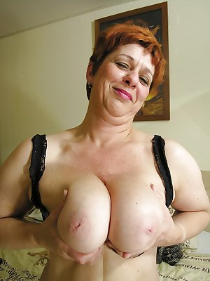 Amateur matures and grannies 5