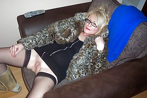 MATURE AND GRANNIES 42