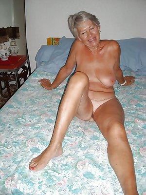 Grab a granny 132