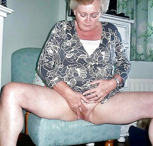 Grab a granny 162