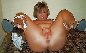 MATURE AND GRANNIES 126