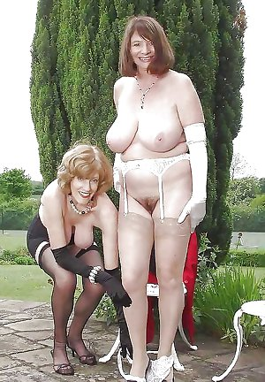Big Tits Mature Granny Amateurs