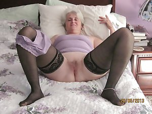 Grab a granny 339