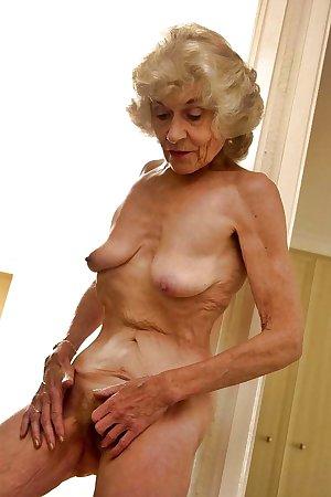 Grab a granny 335
