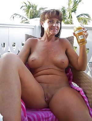 Grannies matures milf housewives amateurs 65