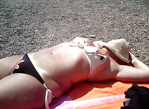 BBW matures and grannies at the beach 199