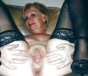 matures and grannies 32
