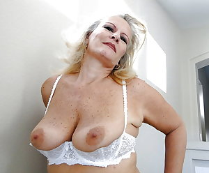 Mature Gold: Super Duper Gilf