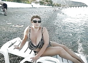 BBW matures and grannies at the beach 219
