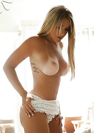 A little older but dam sexy (36)