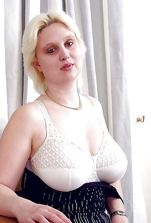 Mature Claire from OlderWomanFun