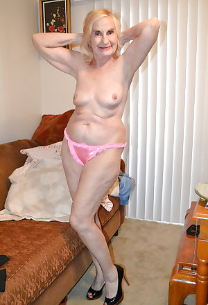 hot older women!