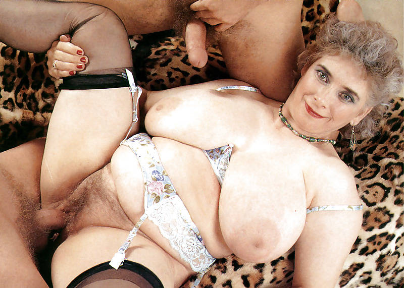 tits nicole peters