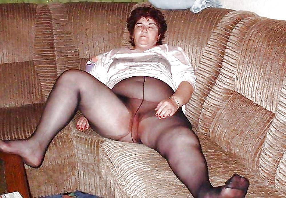 Old Granny In Pantyhose Realgfporn 1
