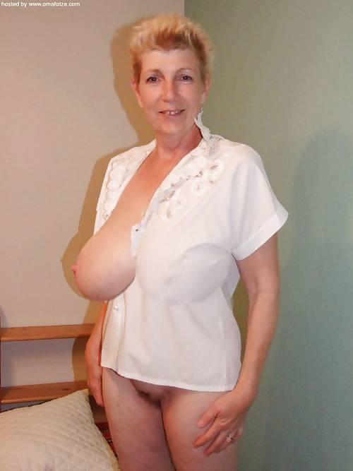 Amateur German Mature Big Tits