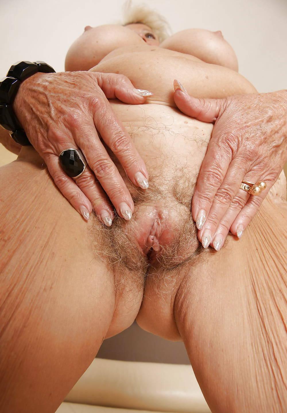 Порно на тел старая пизда