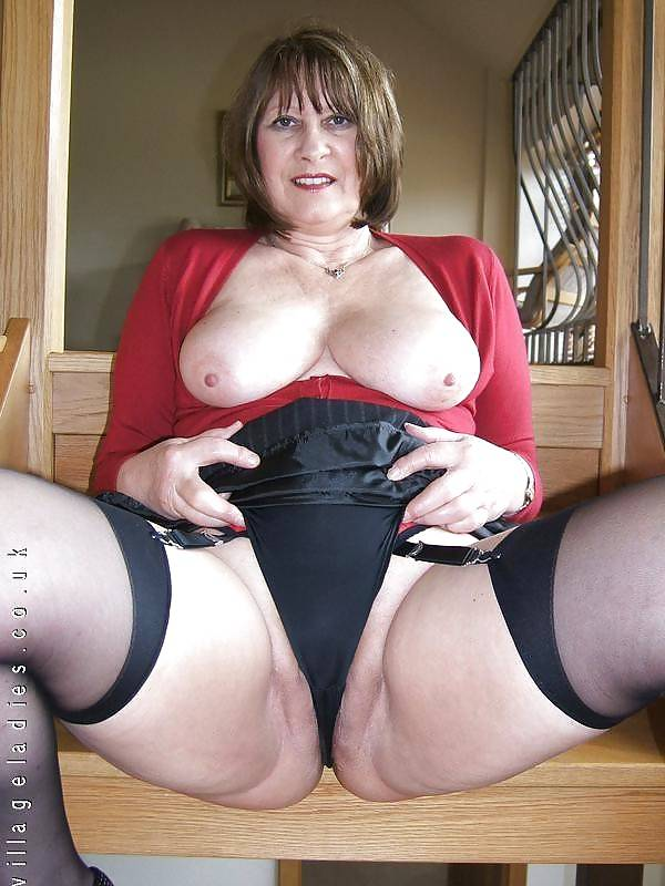 sexy-mature-lady-freesite